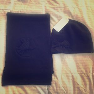 Jessica Simpson hat and scarf set NWT
